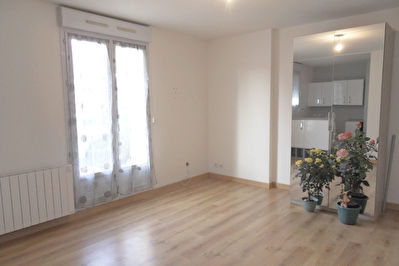 Appartement Pierres 27.31 m²